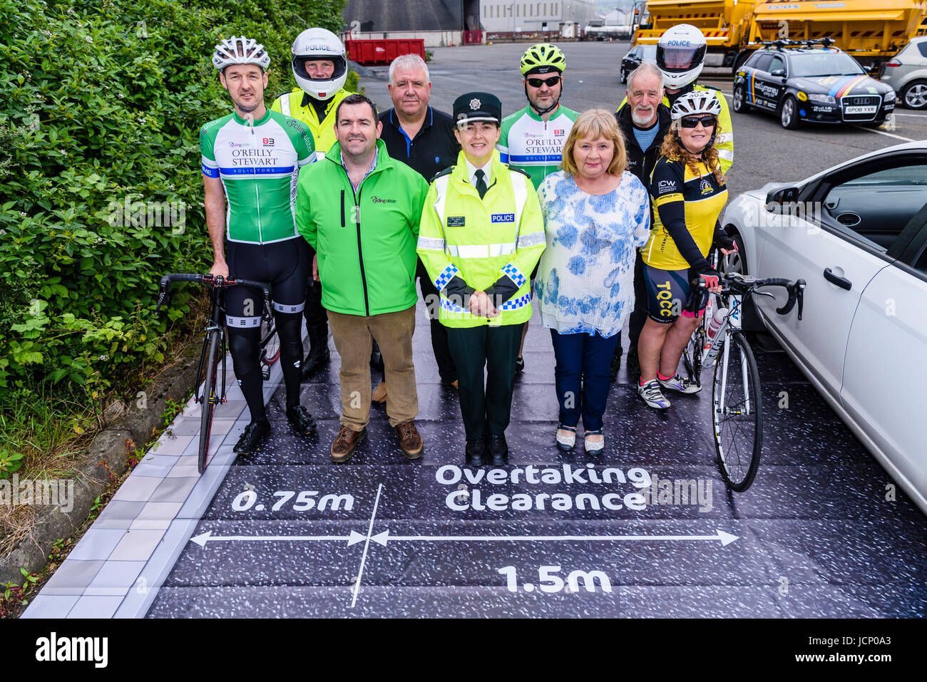 Belfast, Northern Ireland. 16/06/2017 - PSNI and Cycling Ulster launch road safety campaign, telling motorists how - Stock Image