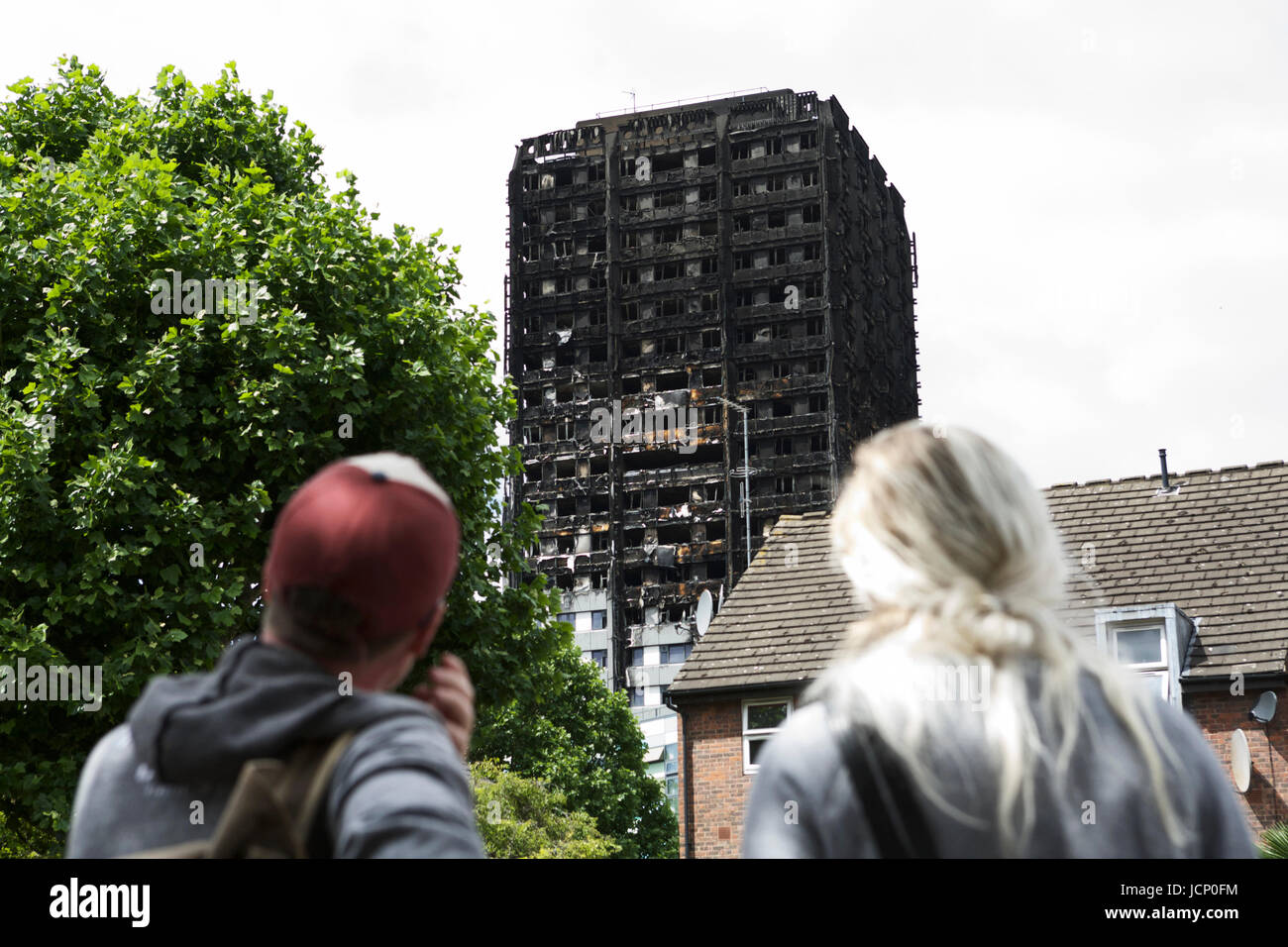 London, UK. 16th June, 2017. The Grenfell Tower Disaster, in West London. A 24 story residential building destroyed - Stock Image