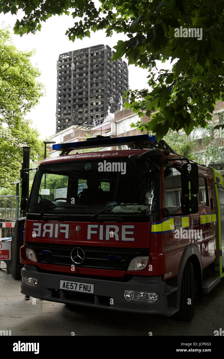 London, UK. 16th June, 2017. The Grenfell Tower Disaster, in West London. A 24 story residential building destroyed Stock Photo