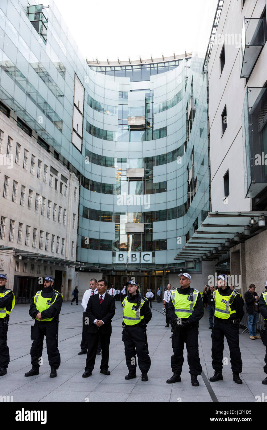 London, UK, 16 June 2017. A police cordon protects the BBC at Broadcasting House. Justice for Grenfell Protest outside - Stock Image