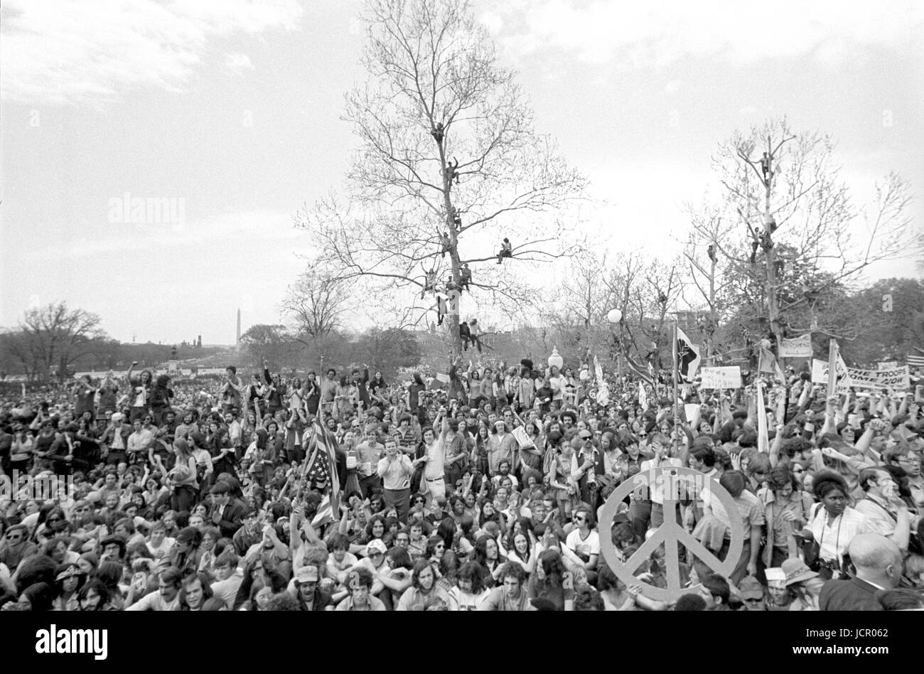 Antiwar protestors on the U.S. Capitol grounds and the Mall during massive demonstrations against the Vietnam war - Stock Image