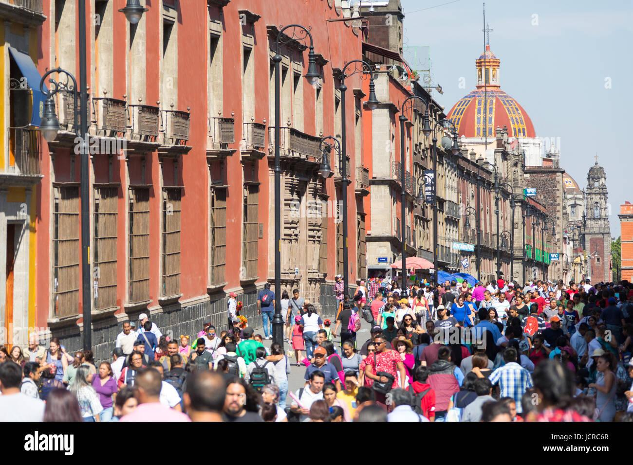 Busy pedestrian artery from the Zocalo, Mexico City, Mexico - Stock Image