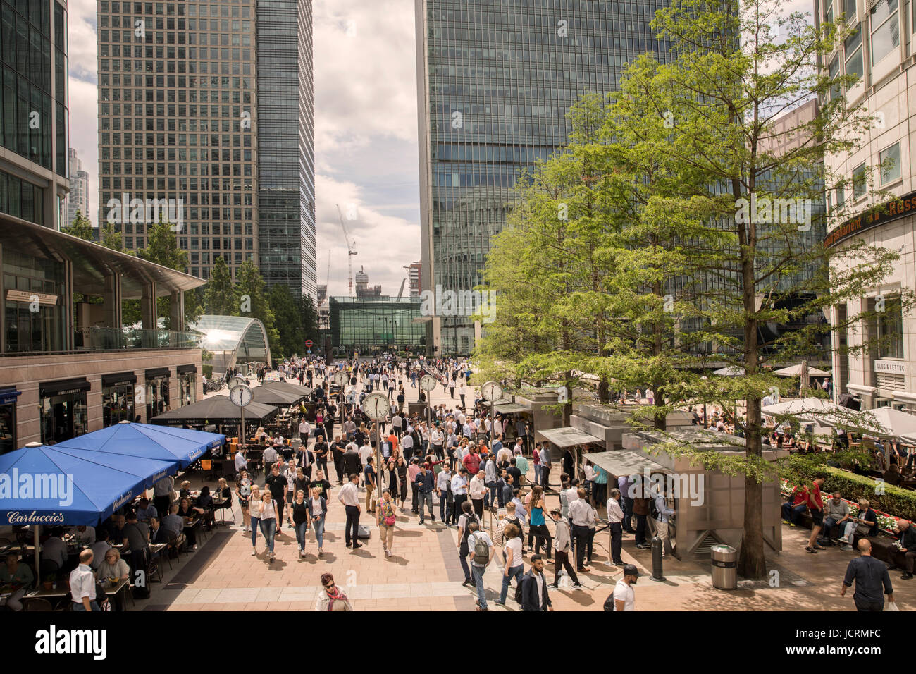 Reuters Plaza Canary Wharf in the summer Stock Photo