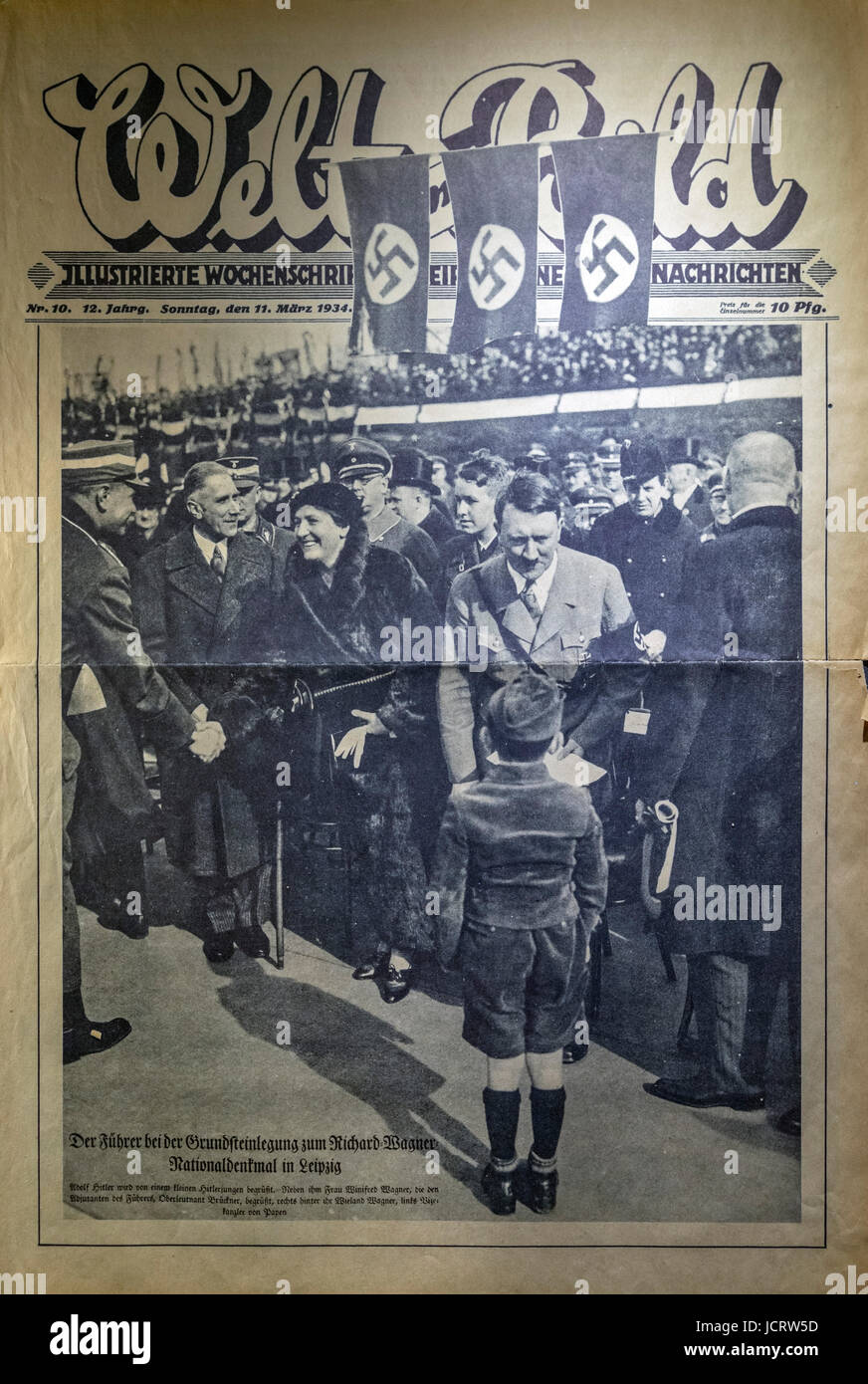 Front cover of the 11th March 1934 edition of Welt Bild showing Adolf Hitler visiting members of the Hitler Youth - Stock Image