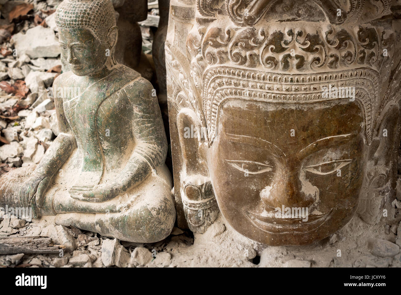 Bas relief statue background of khmer culture in angkor wat