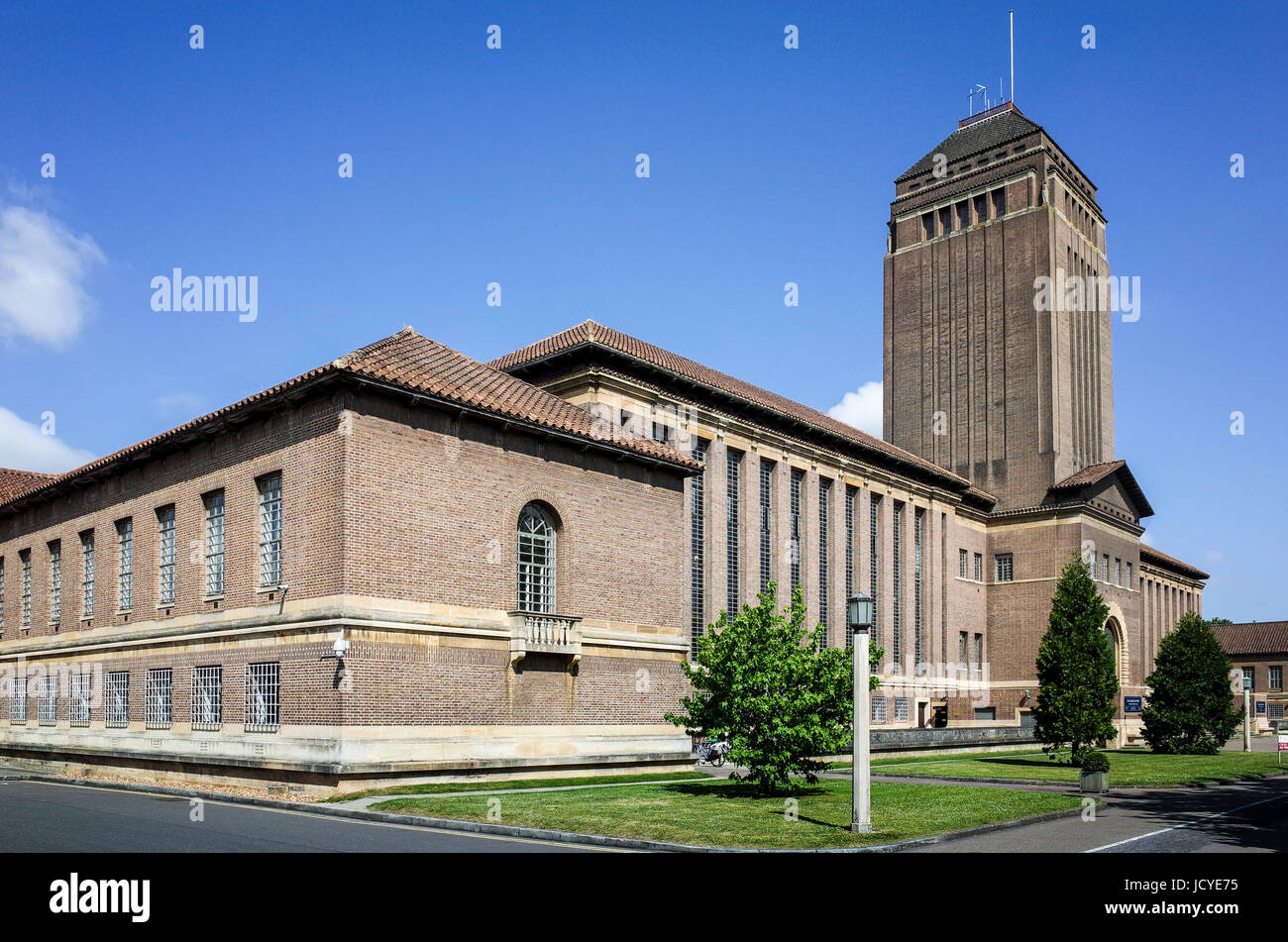 The University of Cambridge Library building, designed by Sir Giles Gilbert Scott, and opened in 1934 - Stock Image