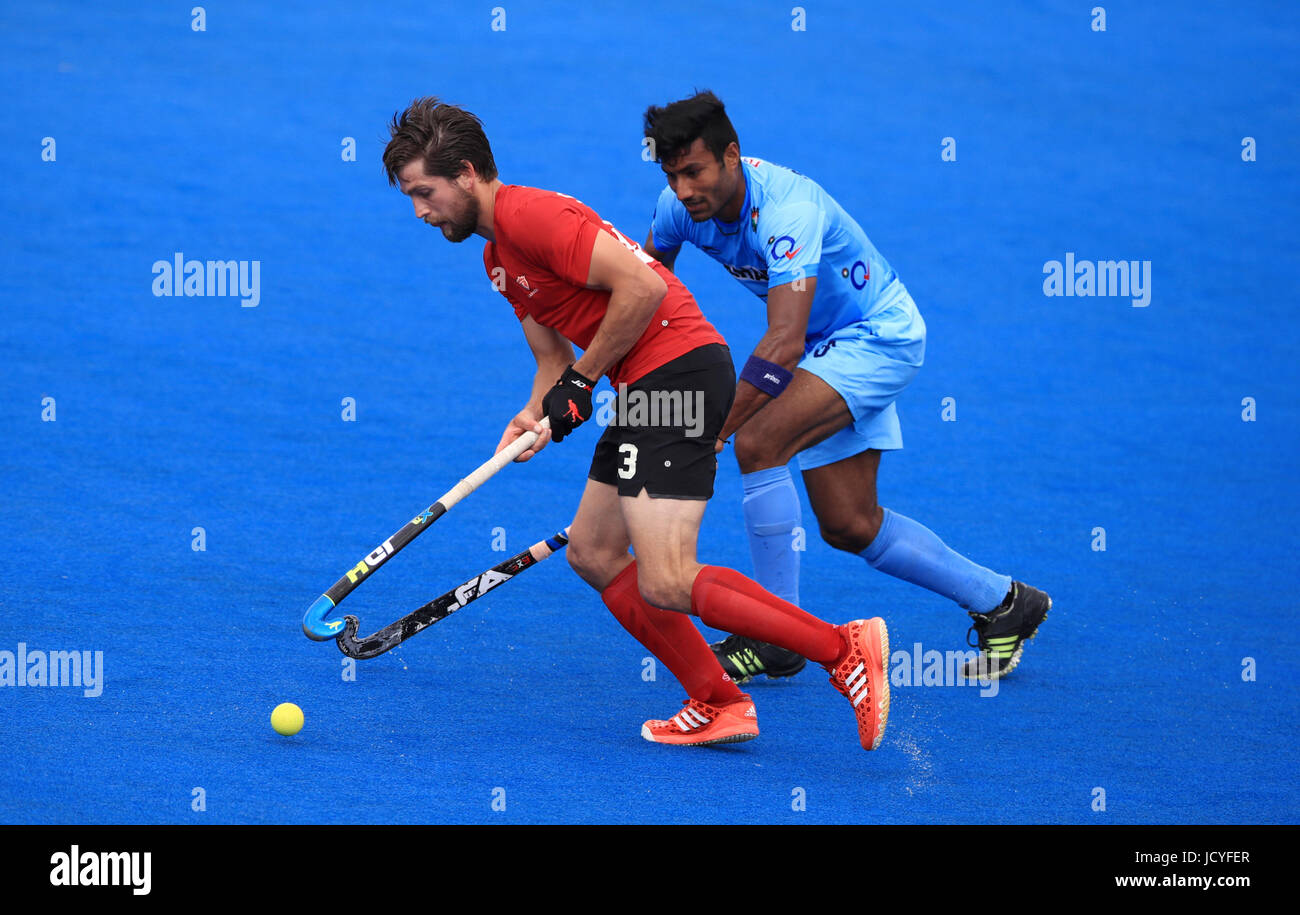 canada s iain smythe left battles for possession of the ball with