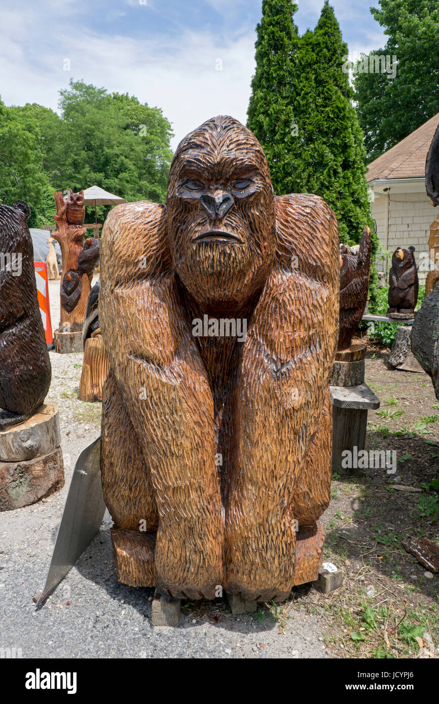 Chainsaw wood carving by artist fred steffen for sale