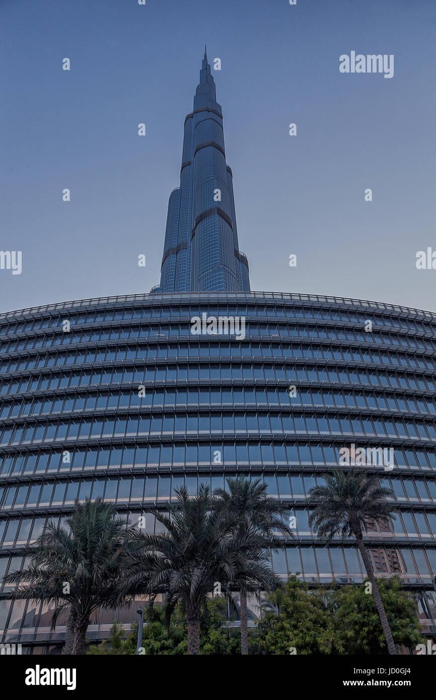 UAE/DUBAI - 14 SEP 2012 - View from below of the great burj khalifa building - Stock Image