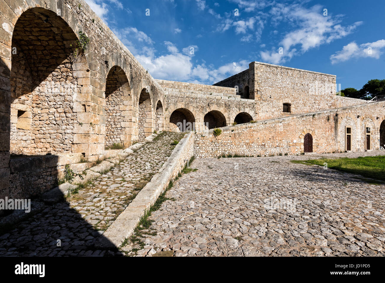 View of the interior of Niokastro castle in the city of Pylos in Peloponnese, Greece - Stock Image