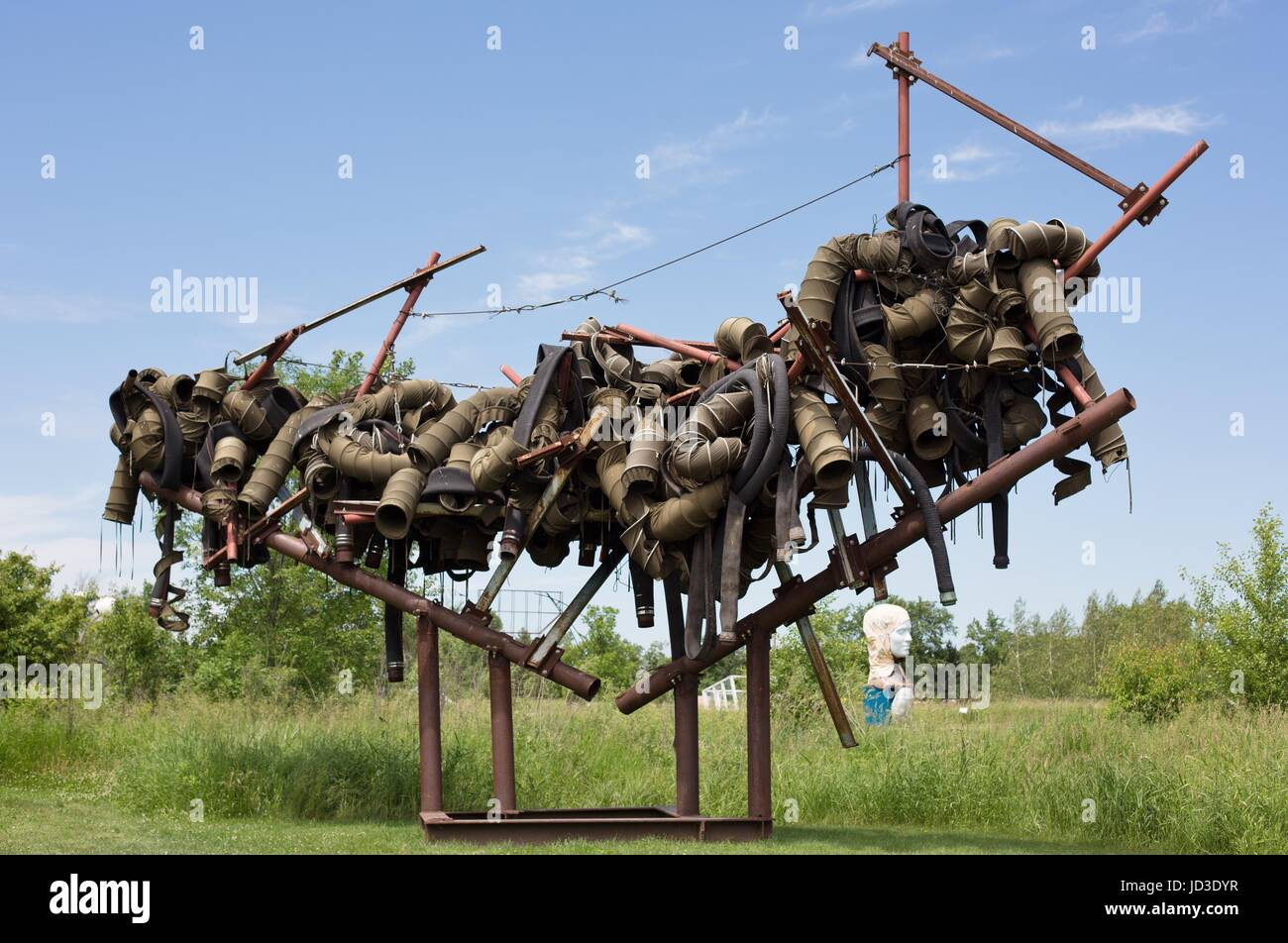 'The Harris Project' by Araan Schmidt, on display at Franconia Sculpture Park in Shafer, Minnesota, USA. - Stock Image