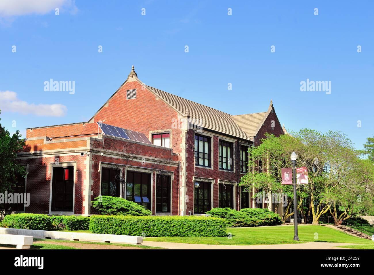Still Hall on the campus of Northern Illinois University in DeKalb, Illinois, USA. - Stock Image