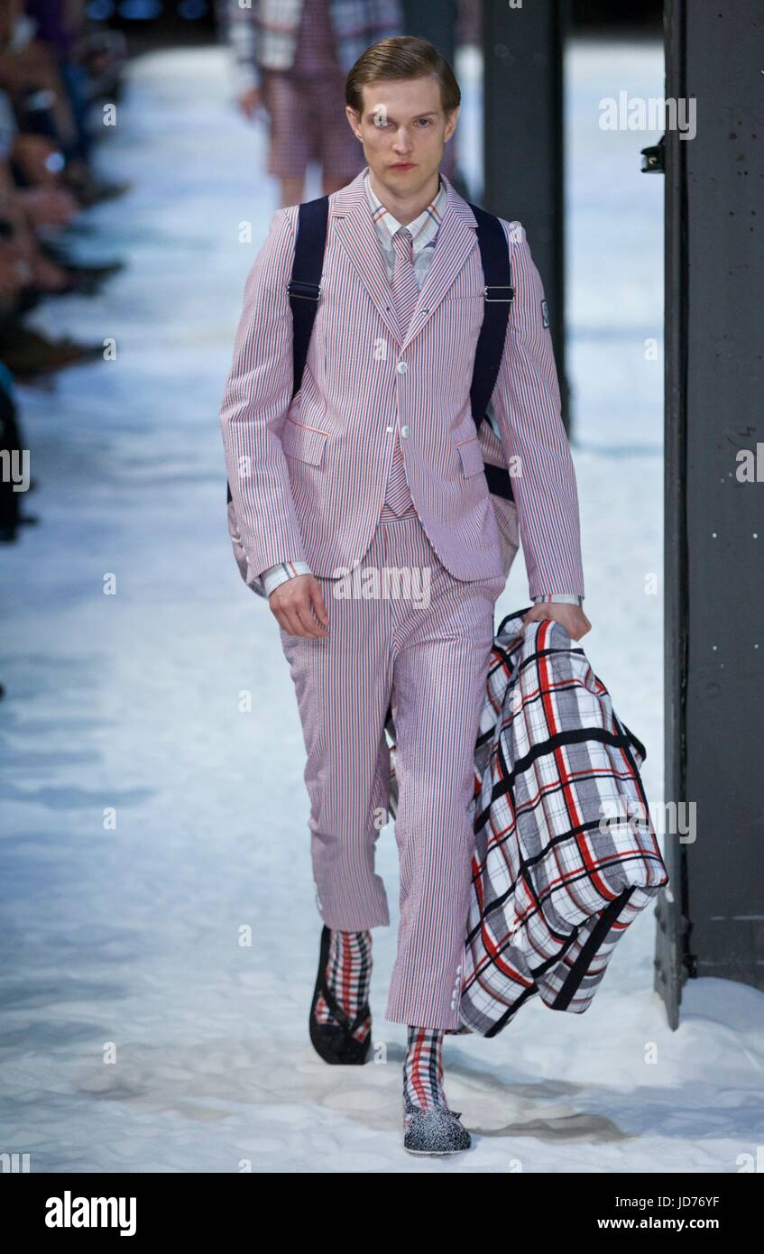 superior quality 9350b e15e0 Milan, Italy. 18th June, 2017. A model walks the runway for ...