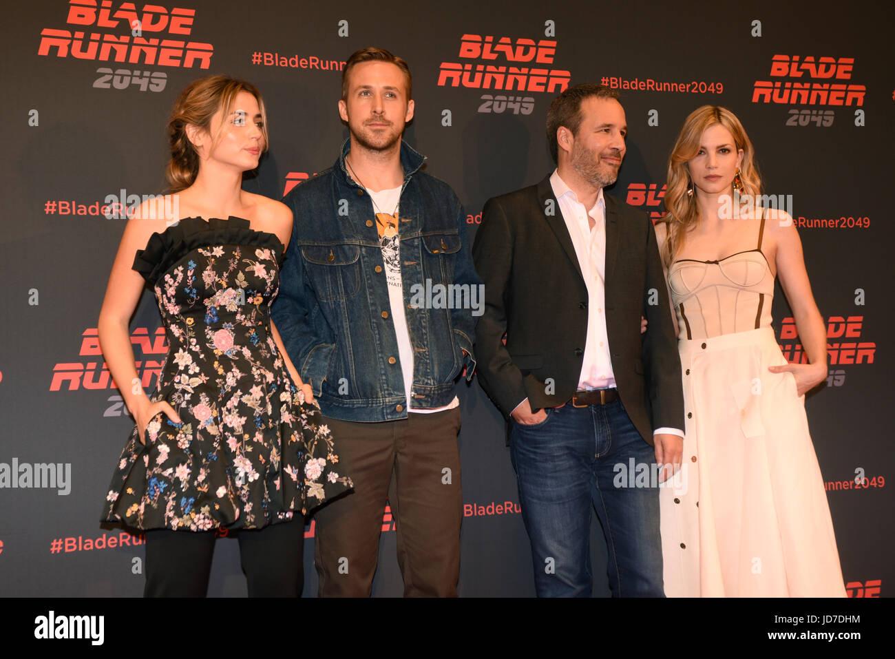 Barcelona, Spain. 19th Jun, 2017. Actors Ana de Armas, Ryan Gosling, Sylvia Hoeks and Director Denis Villeneuve - Stock Image