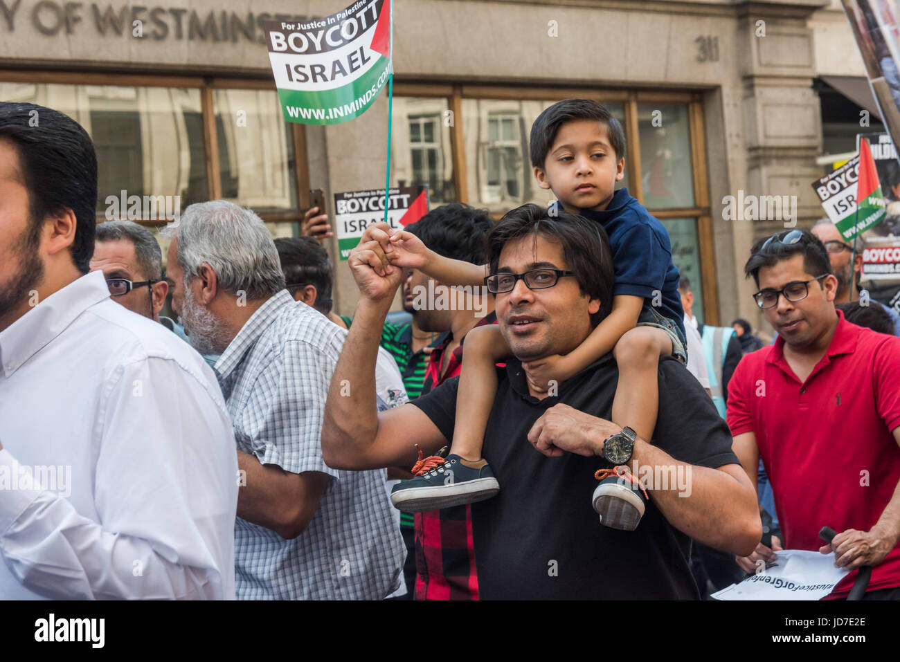 June 18, 2017 - London, UK - London, UK. 18th June 2017. The annual Al Quds (Jerusalem) Day march in London attended Stock Photo