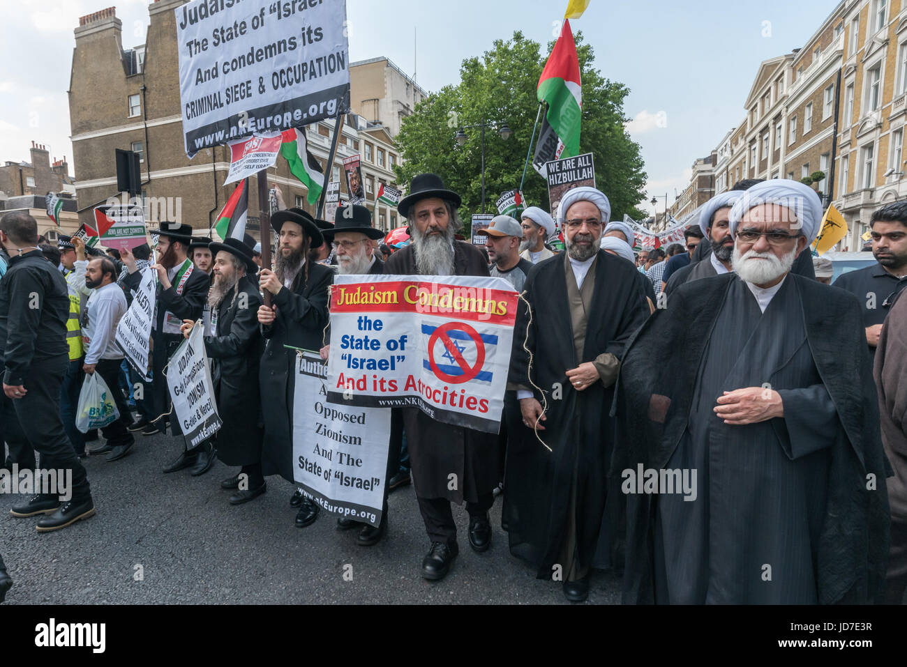 London, UK. 18th June, 2017. London, UK. 18th June 2017. The annual Al Quds (Jerusalem) Day march in London sets Stock Photo