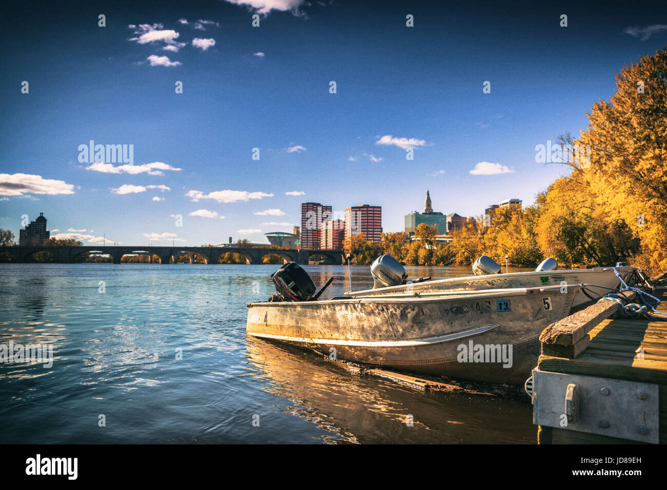 Just to the north of downtown Hartford is Riverside Park. - Stock Image