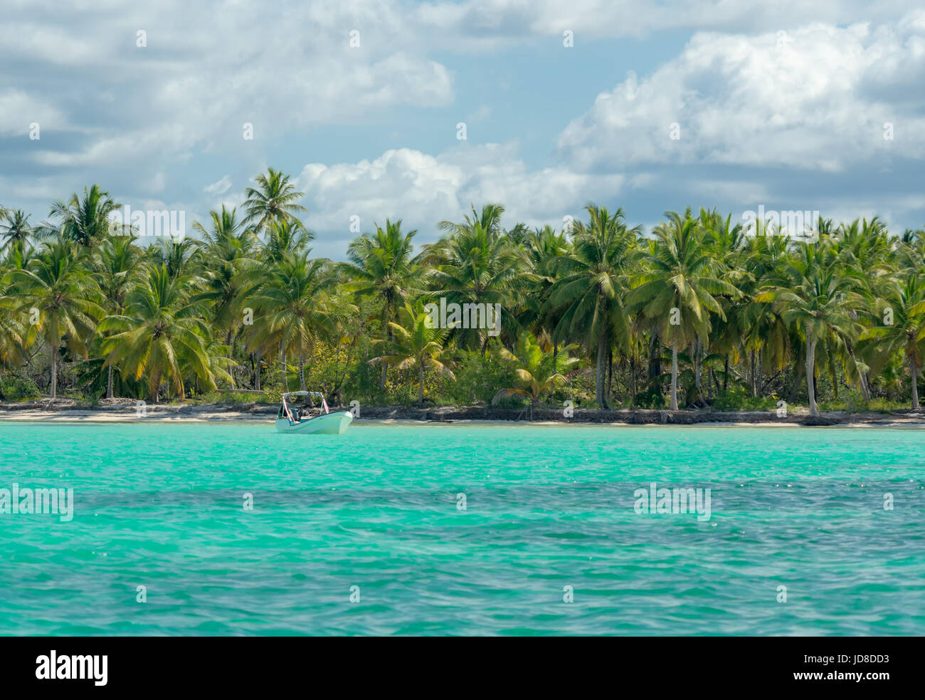 Natural pool at Saona Island on the Caribbean Sea in the Dominican Republic. - Stock Image