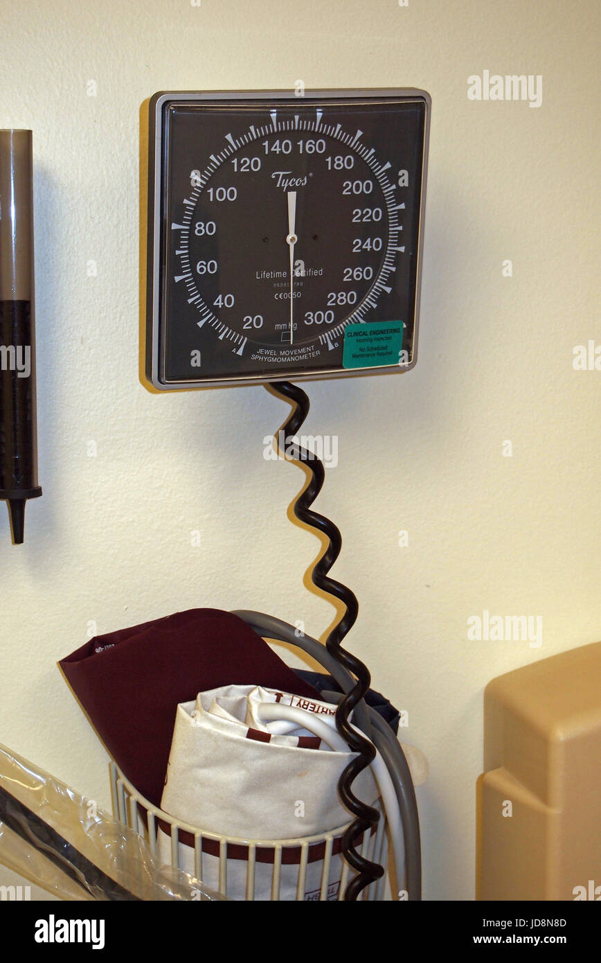 doctor exam room, sphygmomanometer, - Stock Image