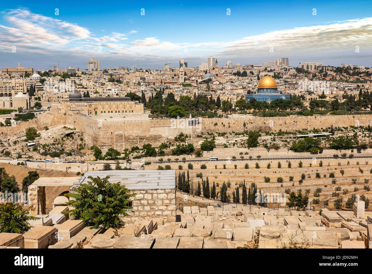 View of Jerusalem Old city and the Temple Mount, Dome of the Rock and Al Aqsa Mosque from the Mount of Olives in - Stock Image