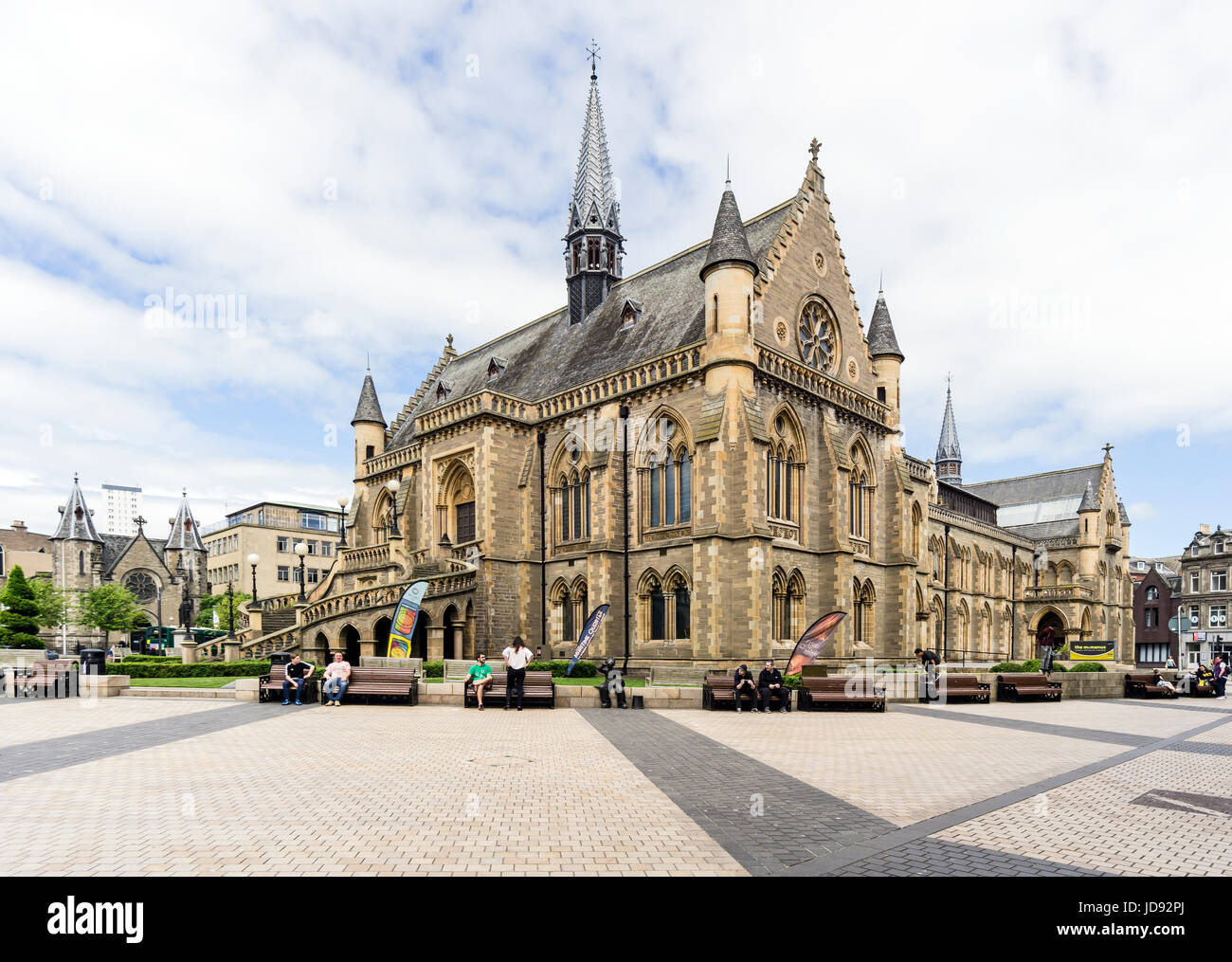 The McManus art gallery and museum in Albert Square Dundee Tayside Scotland UK - Stock Image