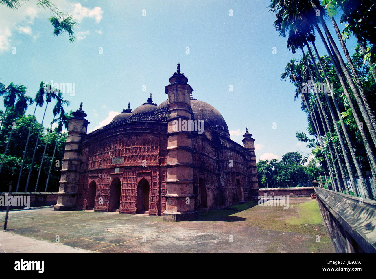 atia jame mosque stands with its fascinating and creative architectural view of mugfal era which was made by the - Stock Image