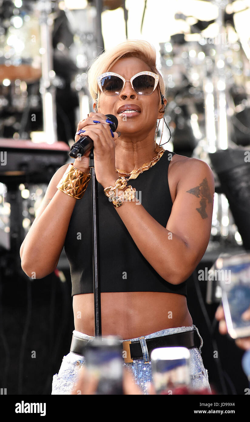 48754582282 Veteran singer Mary J. Blige performs some of her greatest hits and new  music for her adoring fans at Rockefeller Center on NBCs  Today  show  Featuring  ...