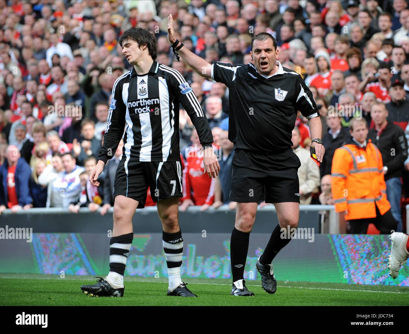 JOEY BARTON IS SENT OFF AFTER LIVERPOOL V NEWCASTLE ANFIELD LIVERPOOL ENGLAND 03 May 2009 - Stock Image