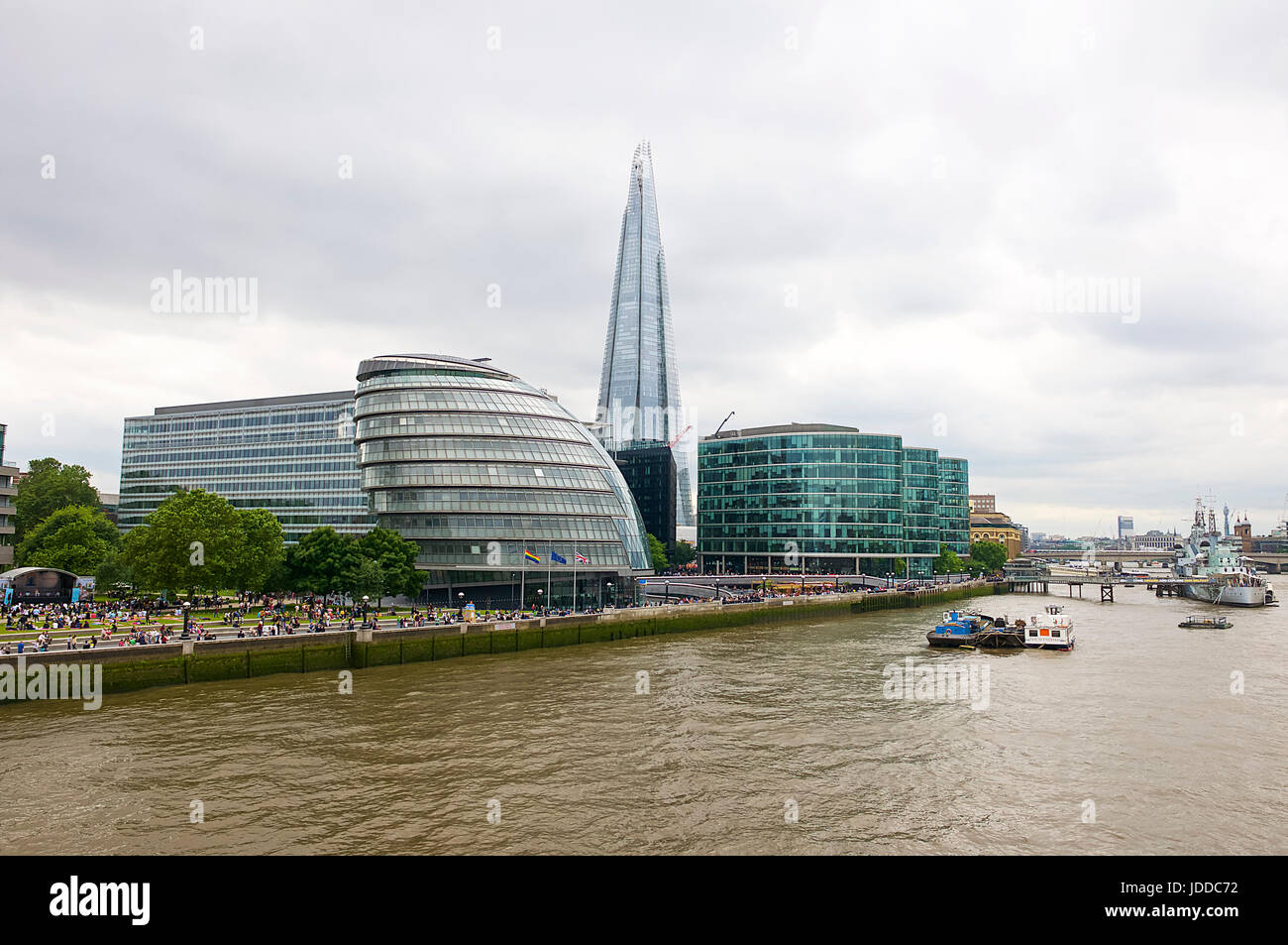 The London City Hall and River Thames - Stock Image