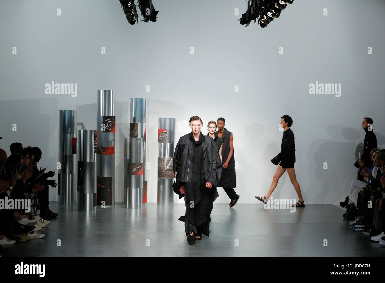 British Designer Berthold Catwalk At London Fashion Week Summer Stock Photo Alamy