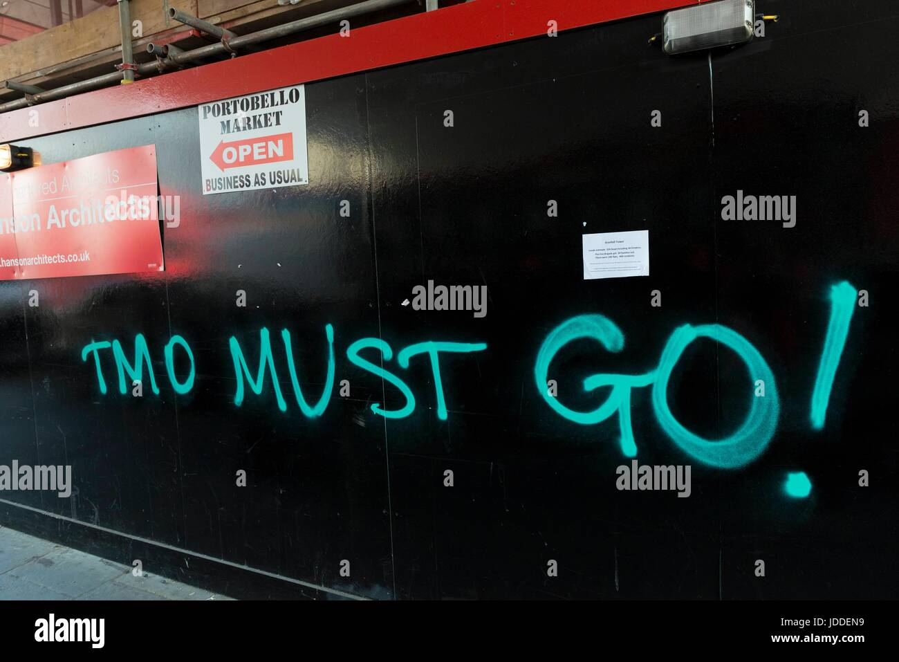 London, UK. 19th June, 2017. Graffiti near Grenfell Tower. London, UK. 19/06/2017 | usage worldwide Credit: dpa/Alamy - Stock Image