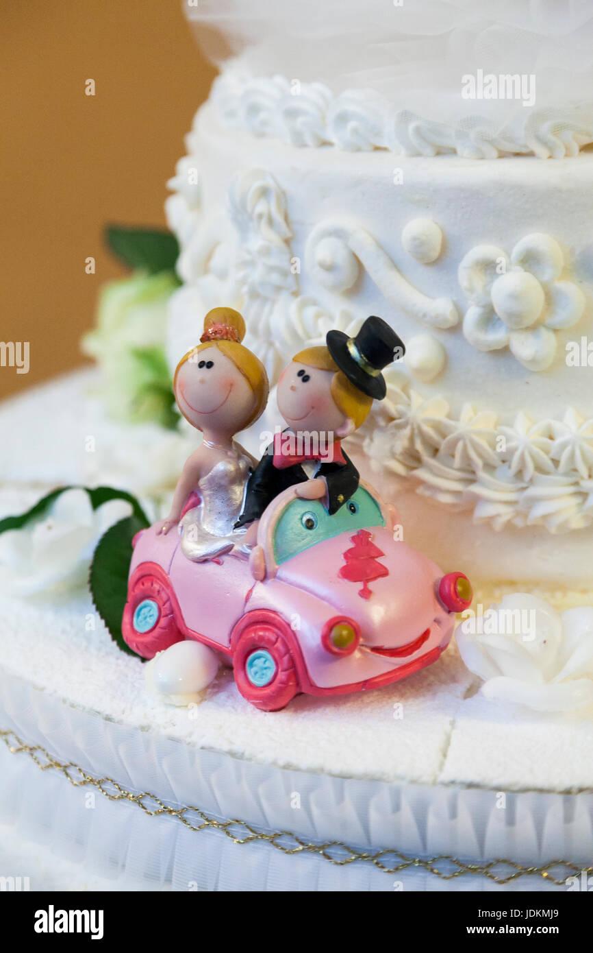 wedding cake topper - Stock Image