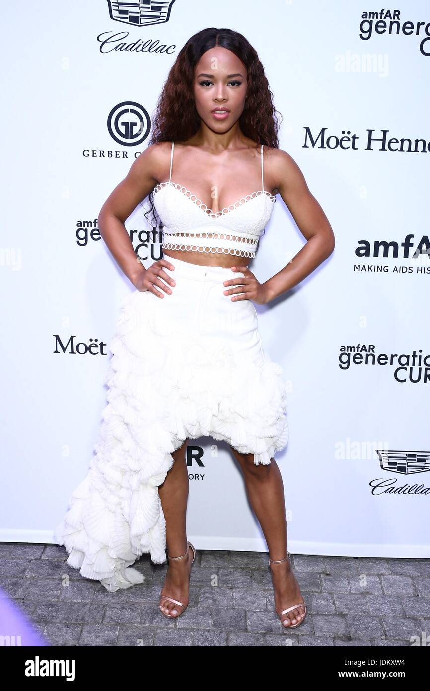 New York, NY, USA. 20th June, 2017. Serayah at arrivals for amfAR generationCURE Solstice Party, Mr. Purple at Hotel - Stock Image