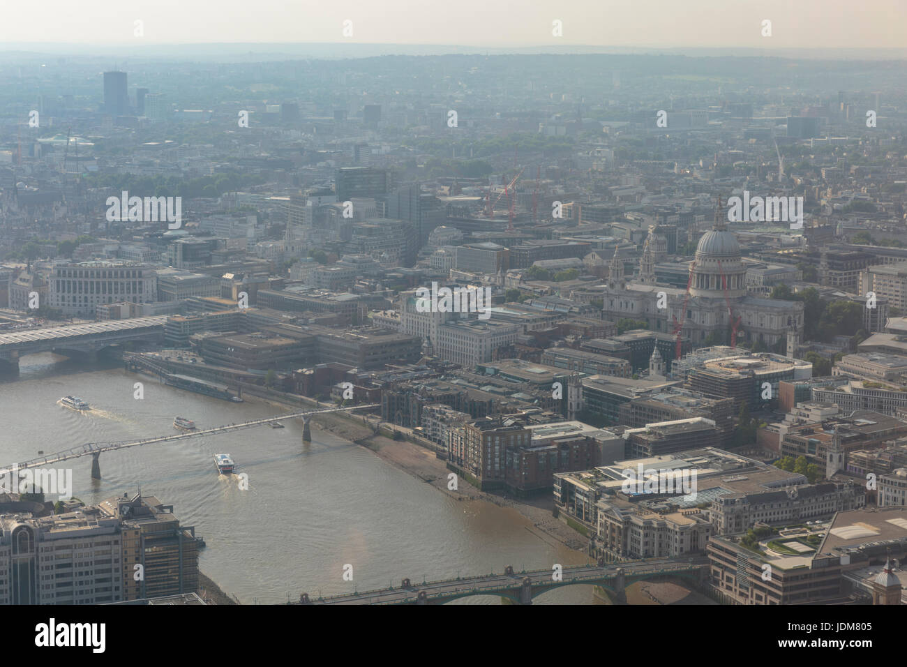 London, UK. 21st June, 2017. Heavy pollution over St Paul's Cathedral. The Mayor of London, Sadiq Khan, has - Stock Image