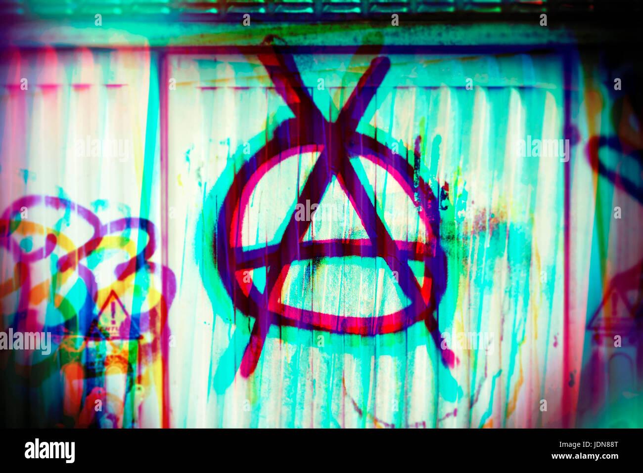 Anarchy symbol on a distributor box, Anarchie-Symbol auf einem Verteilerkasten - Stock Image