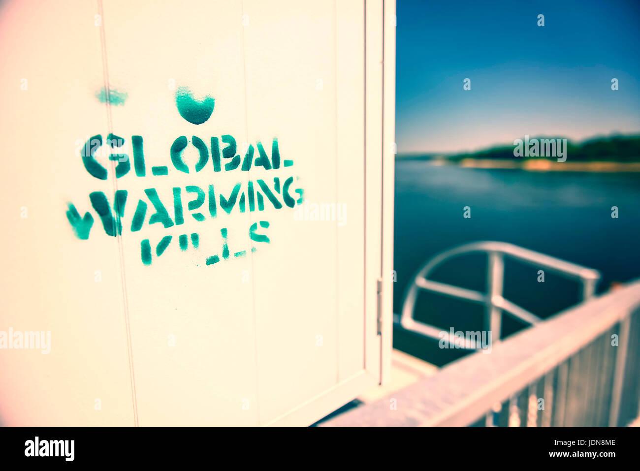 Graffiti Worldwide Warming Kills, Graffiti Global Warming Kills Stock Photo