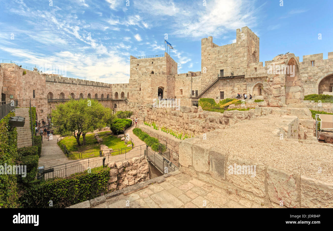 The Citadel ( Tower of David ) with the archaeological finds in its courtyard and the Ottoman minaret, in the Old - Stock Image