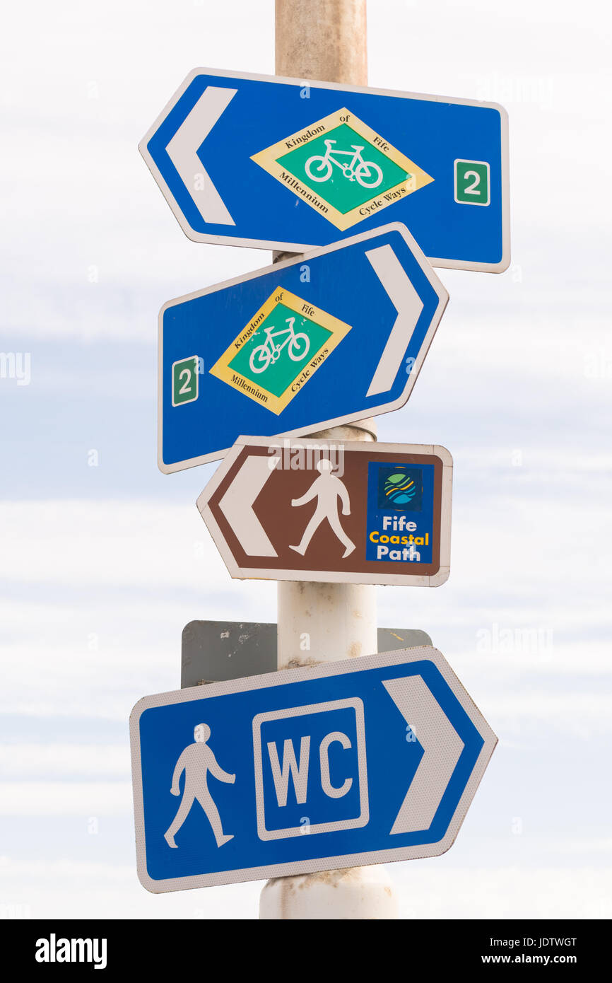 Fife Coastal Path and Millennium Cycle Ways signs, Pittenweem, Fife, Scotland, UK - Stock Image