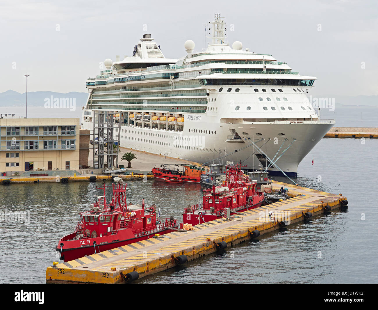Port of Piraeus the port for Athens Greece and the Royal Caribbean cruise ship the Jewel of the Seas - Stock Image