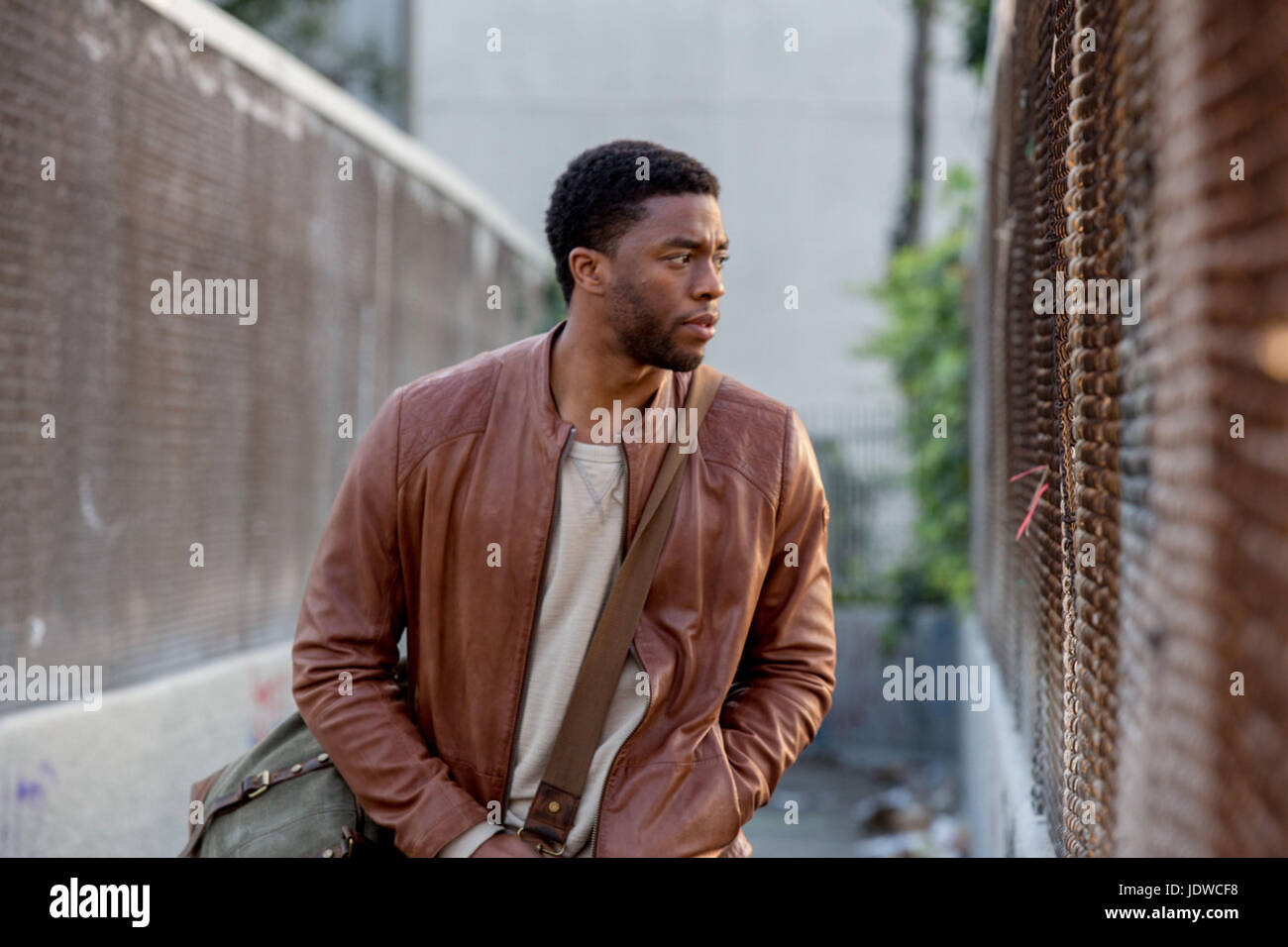 MESSAGE FROM THE KING (2016)  CHADWICK BOSEMAN  FABRICE DU WELZ (DIR)  MOVIESTORE COLLECTION LTD - Stock Image
