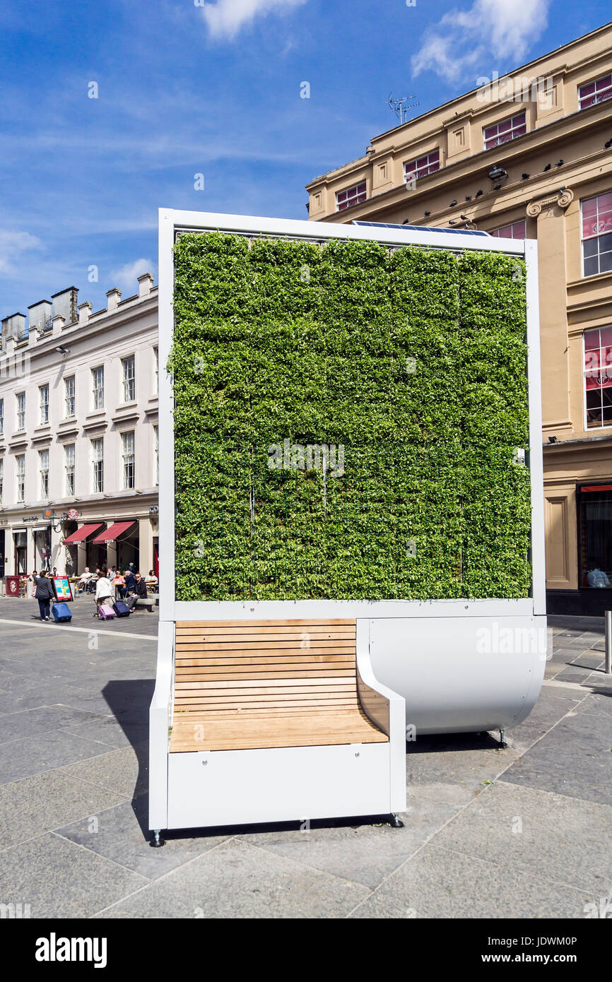City tree by made by Green City Solutions installed on corner of Exchange Square and Queen Street in central Glasgow - Stock Image