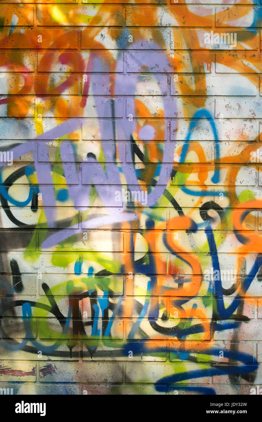 Moderne Coole Graffiti Tags Auf Einer Backsteinmauer Stock Photo