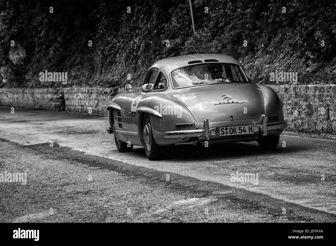 MERCEDES-BENZ 300 SL COUPÉ W 198 1955 on an old racing car in rally ...