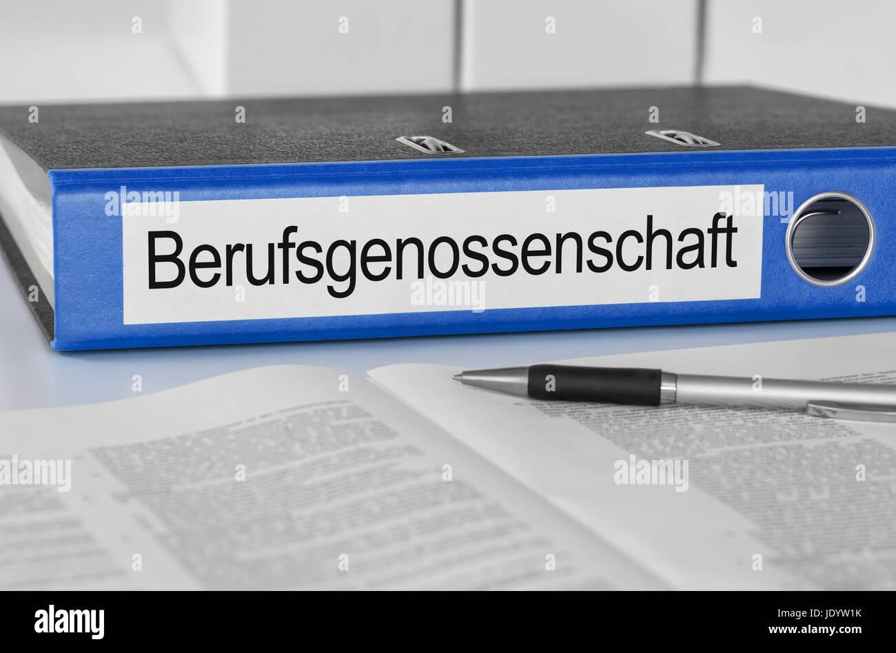 Aktenordner mit der Beschriftung Berufsgenossenschaft Stock Photo