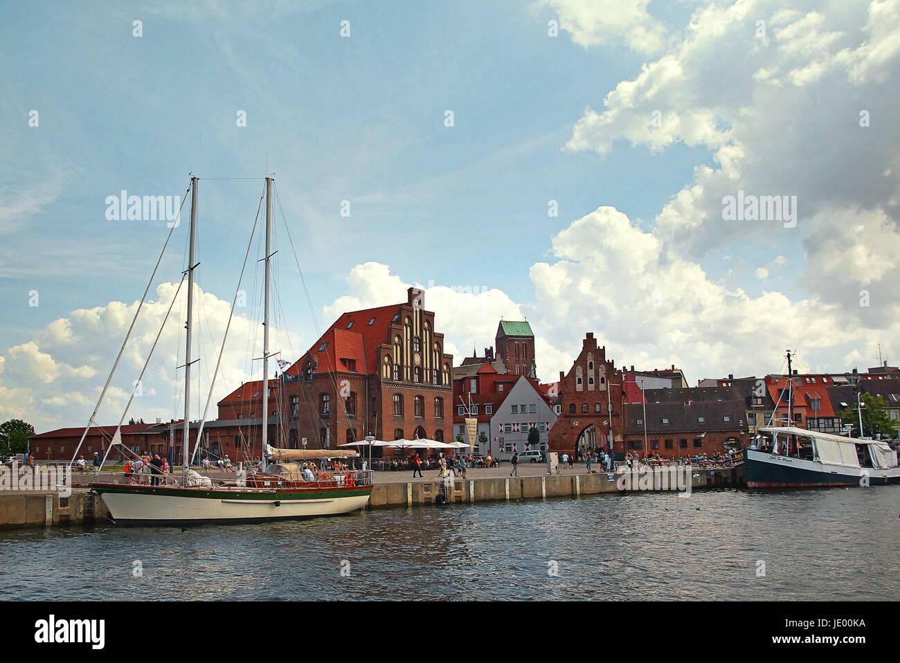 Hafen Hansestadt Wismar Deutschland / Port Hanseatic City Wismar Germany - Stock Image