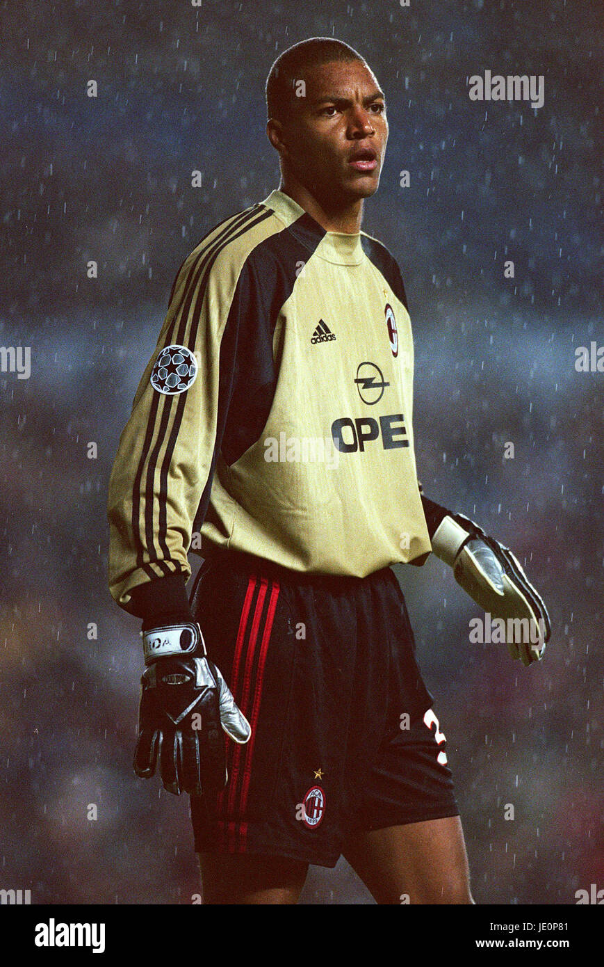 Dida Ac Milan Brazil Leeds 19 September 2000 Stock Photo Alamy