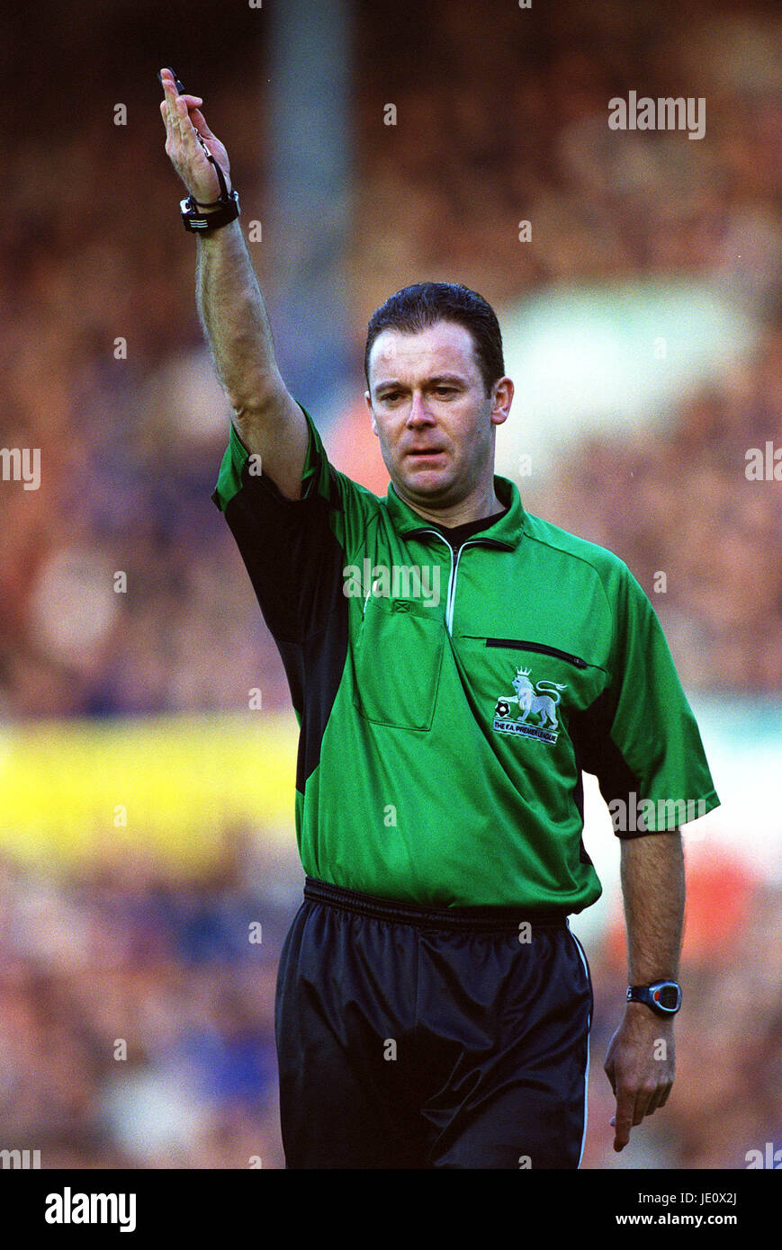 ROB STYLES PREMIERSHIP REFEREE ELLAND ROAD LEEDS 16 December 2001 - Stock Image