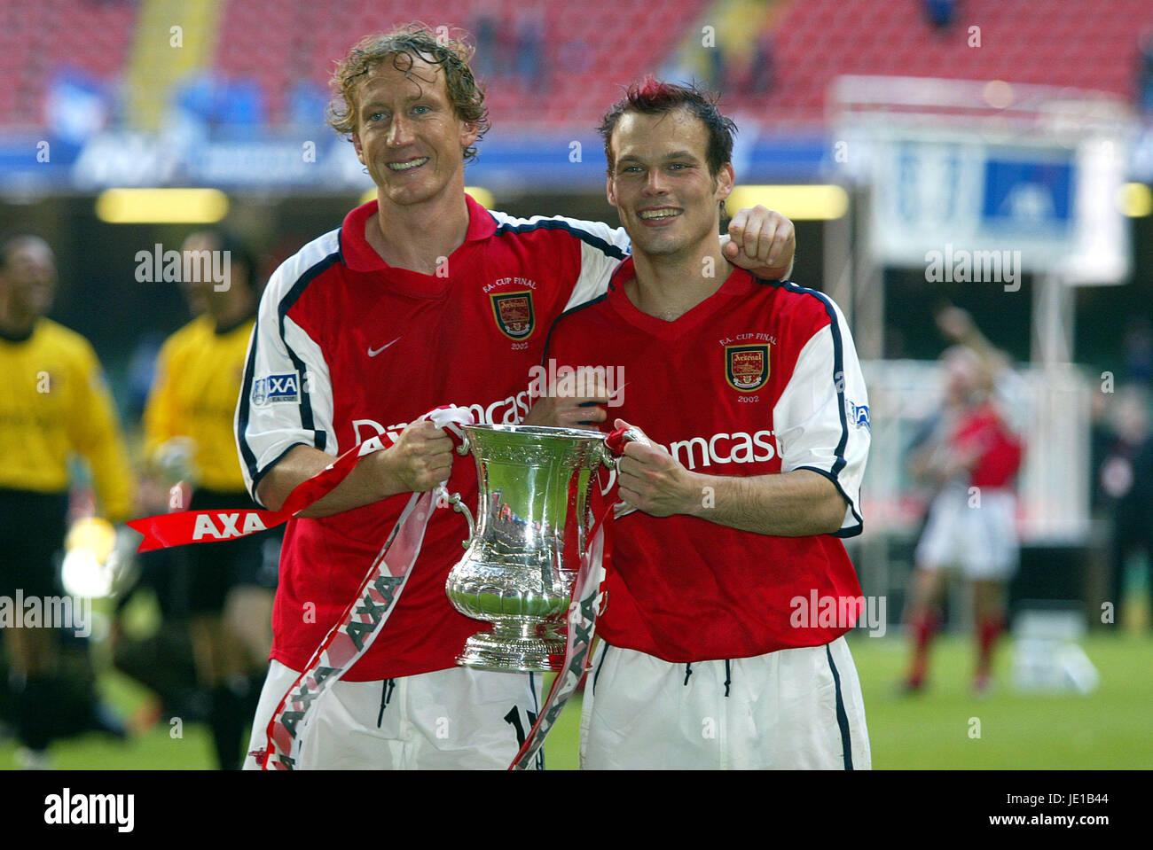 RAY PARLOUR & FREDDY LJUNGBERG ARSENAL V CHELSEA FA CUP FINAL ...