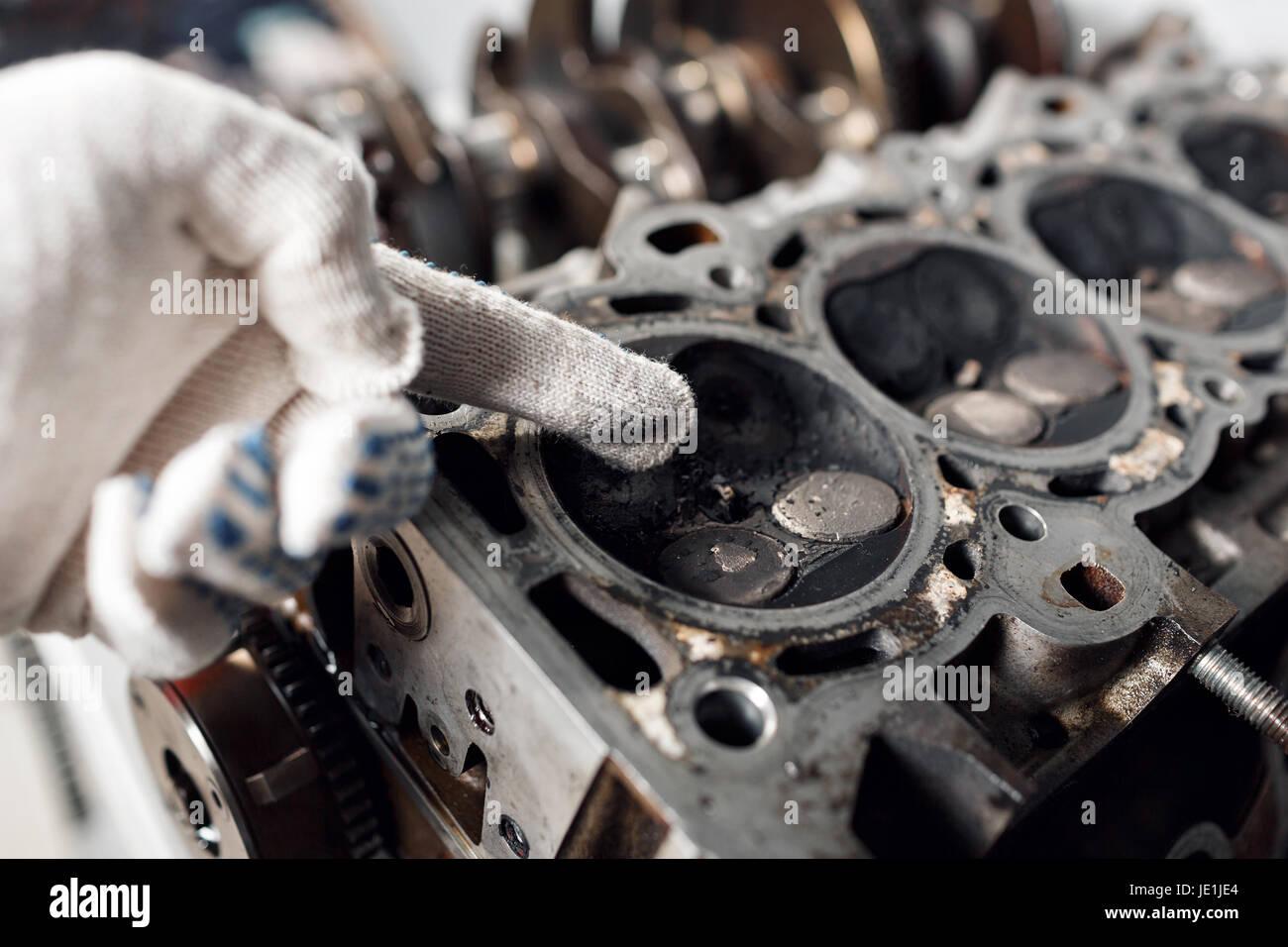 Camshaft close up, Four valve per cylinder system - Stock Image