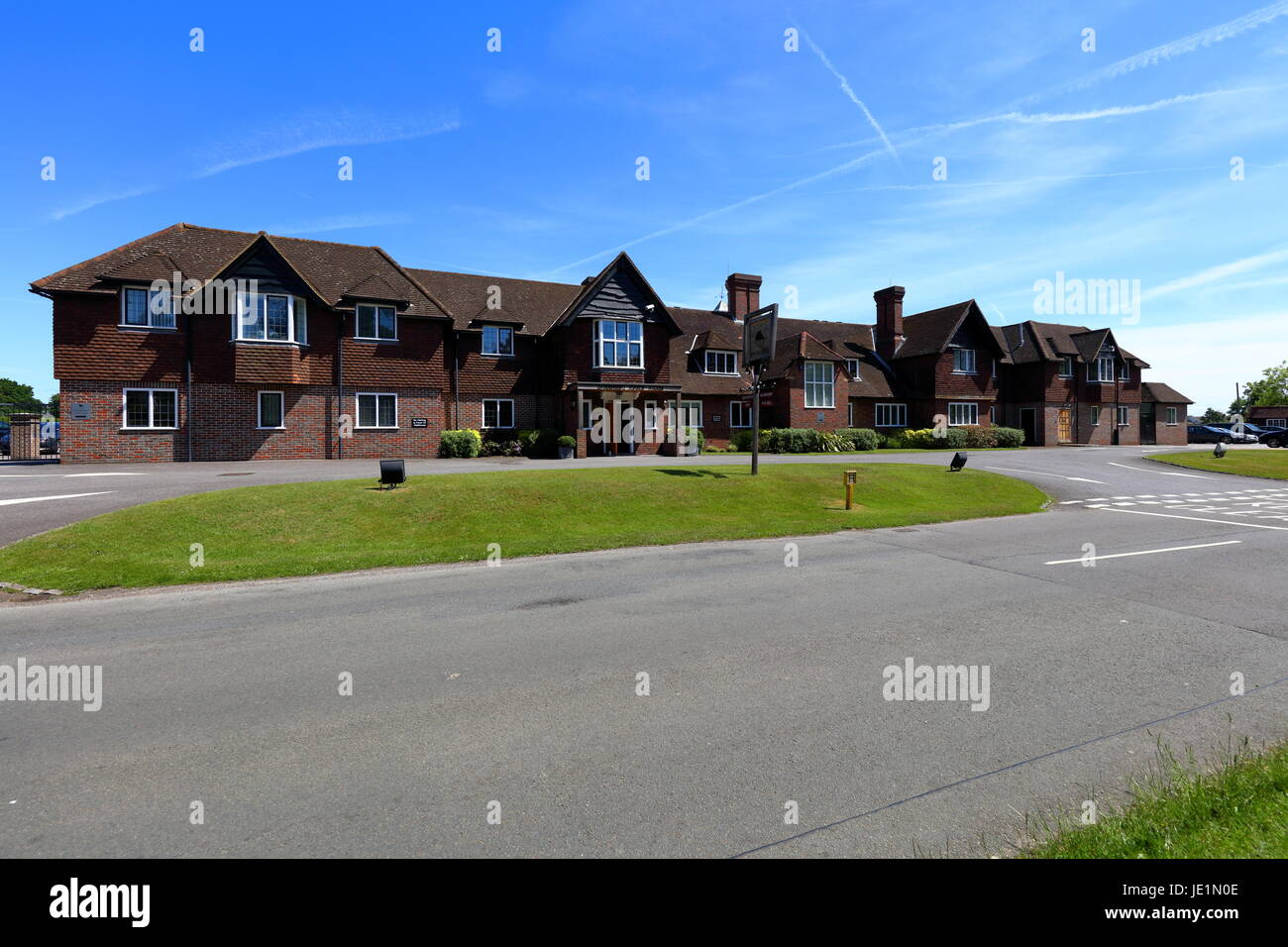 The clubhouse for Sonning Golf club near the village of Sonning in Berkshire - Stock Image